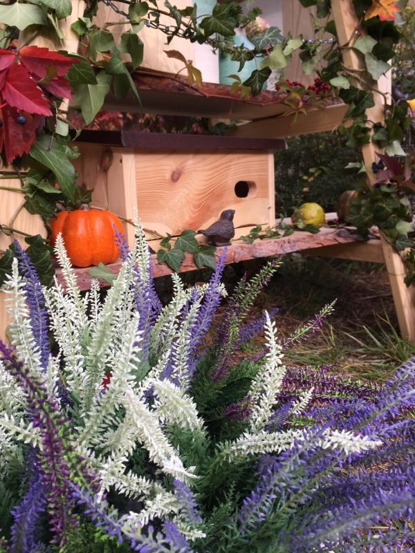 Domek dla jerzyka do ogrodu