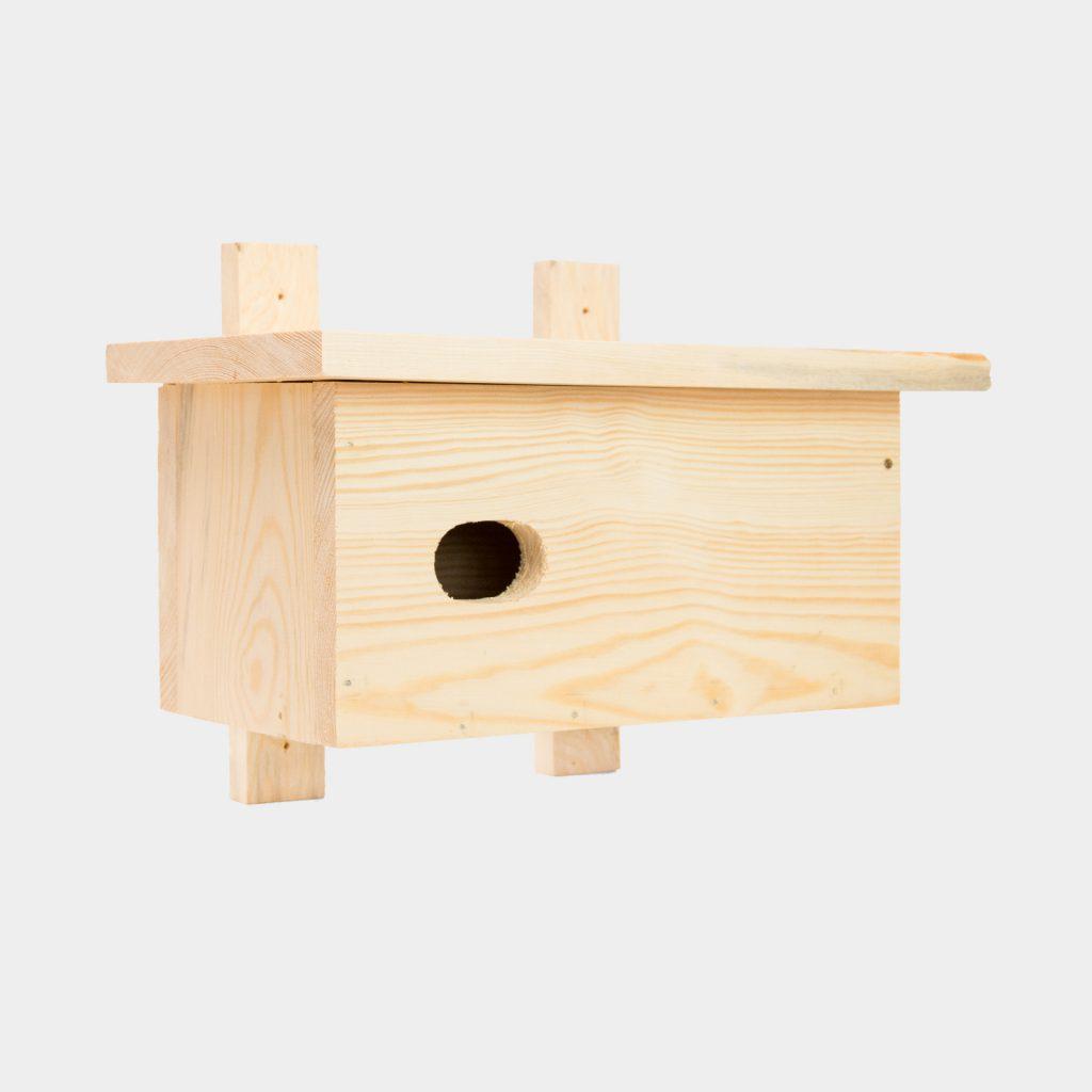 Budka lęgowa dla jerzyka wykonana z drewna